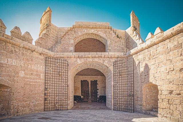 Monumento Alcanzaba Almería
